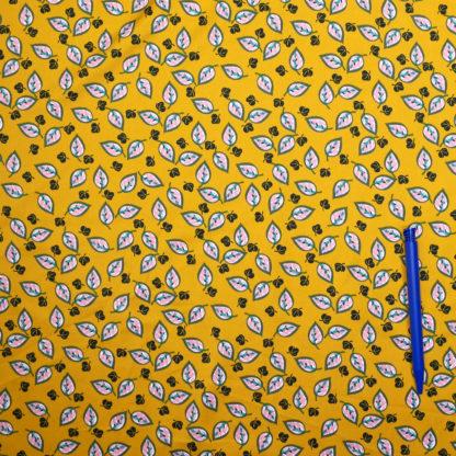 Bild Blaetter auf gelb Polyester Microsatin