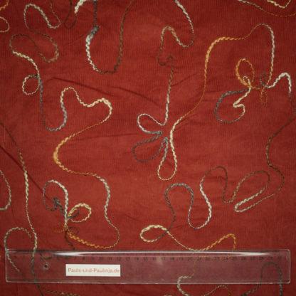 Bild Babycord in rostbraun bestickt mit verschlungenen Linien
