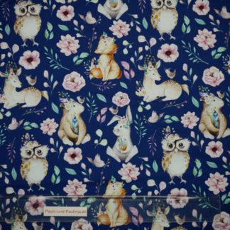 Bild Baumwolljersey dunkelblau mit verträumten Hirschen, Eulen, Bären, Hasen, Füchsen und Blumen