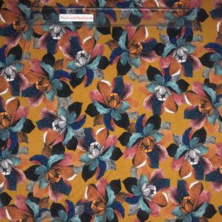 Bild Viskose Jersey in der Farbe senfgelb mit großen türkisen und rosa Blüten
