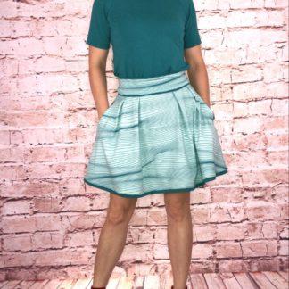 Bild Damentshirt mit schönem Sommerrock, Tante Ema BEAUTIFUL TANGO STRIPES, blau, dunkelblau, Streifen, gestreift, Schnittmuster, Sommerrock, Rock, Damenbekleidung, Sommeroutfit, T-Shirt