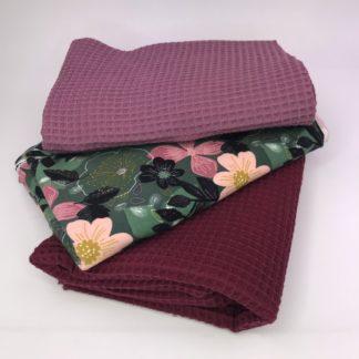 Bild Waffelpigue altrosa und bordo. Stweat in verschiedenen grünen Töne, rosa und altrosa Blumen