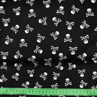 Bild Webware, Baumwolle, Popelin, Stoff für Kleid, Stoff für Rock, Stoff für Bluse, Stoff für Masken, Hobby, Totenkopf, Piratenstoff, schwarz