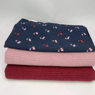 Bild XXL Tuch aus Stickstoff in altrosa, dunkles rot mit Marine blauen Jersey mit rosa und Roten Kirschen mit Glitzer