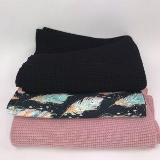 Bild XXL Tuch aus Stickstoff in altrosa, schwarz und Sweat mit Federn