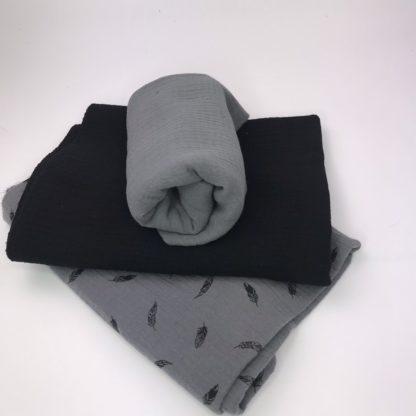 Bild Stoffe Musselin Nähpaket XXL Tuch grauer Musselin in schwarz und Musselin in grau mit schwarzen Federn