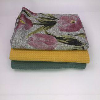 Bild XXL Tuch aus Waffelpique in grün, gelb und Strickstoff mit Tulpen