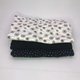 Bild XXL Tuch Musselin in schwarz mit weißen Punkten, schwarz und weiß mit schwarzen Pusteblumen