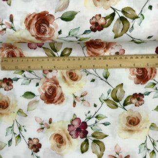 Bild Musselin Stoff in weiß mit rosa, lila, terrakotta Blumen und Blättern